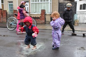 Puddle-Play